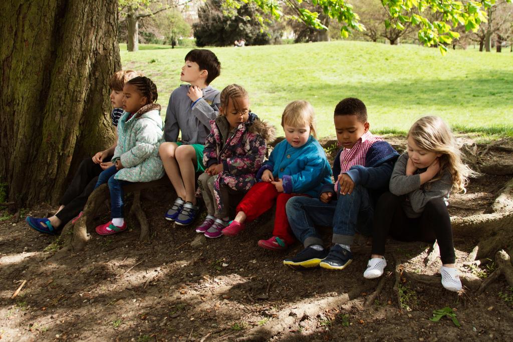 Opravdu musejí děti nosit jen pevné botičky?